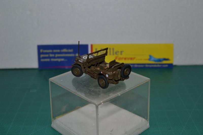"""La 2ème DB """"Jeep - GMC CCKW353 - Sherman M4a2""""  [Heller 1/72] Dsc_0037"""