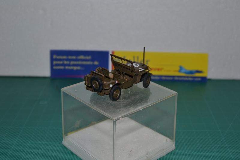 """La 2ème DB """"Jeep - GMC CCKW353 - Sherman M4a2""""  [Heller 1/72] Dsc_0038"""