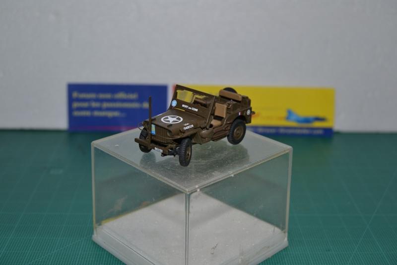 """La 2ème DB """"Jeep - GMC CCKW353 - Sherman M4a2""""  [Heller 1/72] Dsc_0040"""