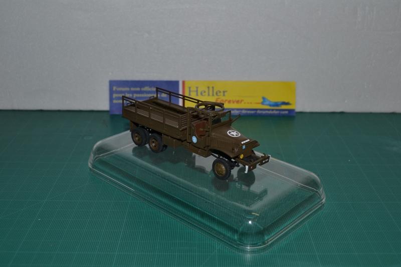 "La 2ème DB ""Jeep - GMC CCKW353 - Sherman M4a2""  [Heller 1/72] - Page 2 Dsc_0044"