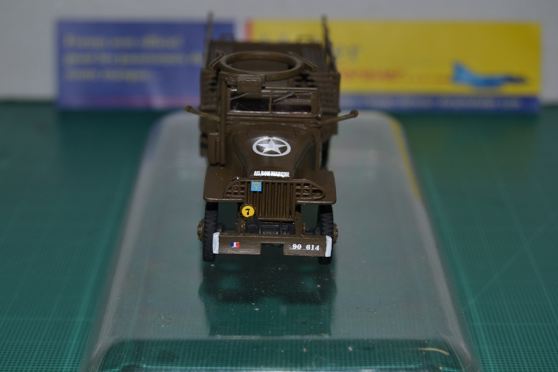 "La 2ème DB ""Jeep - GMC CCKW353 - Sherman M4a2""  [Heller 1/72] - Page 2 Dsc_0049"