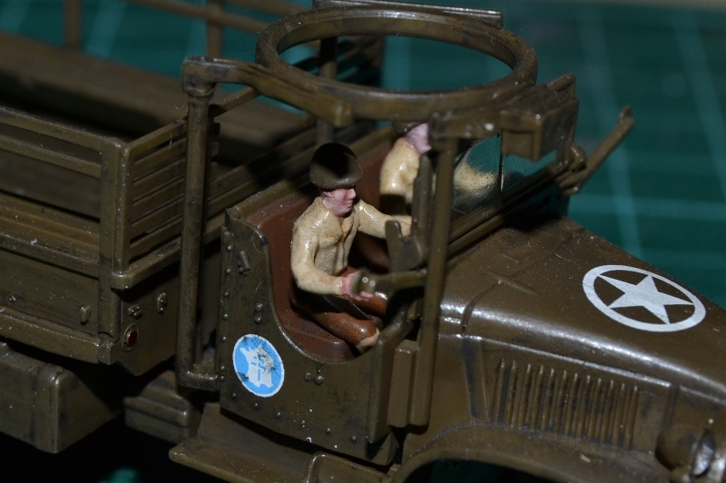 "La 2ème DB ""Jeep - GMC CCKW353 - Sherman M4a2""  [Heller 1/72] - Page 3 Dsc_0198"