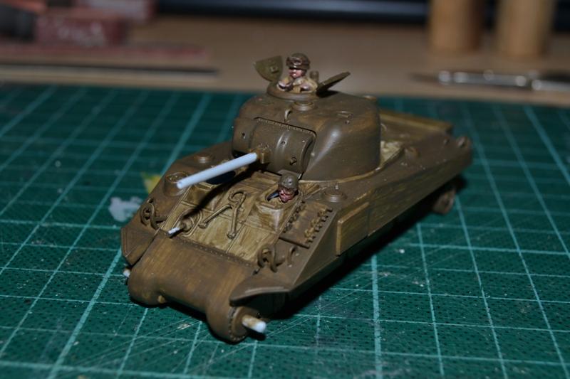 "La 2ème DB ""Jeep - GMC CCKW353 - Sherman M4a2""  [Heller 1/72] - Page 3 Dsc_0199"
