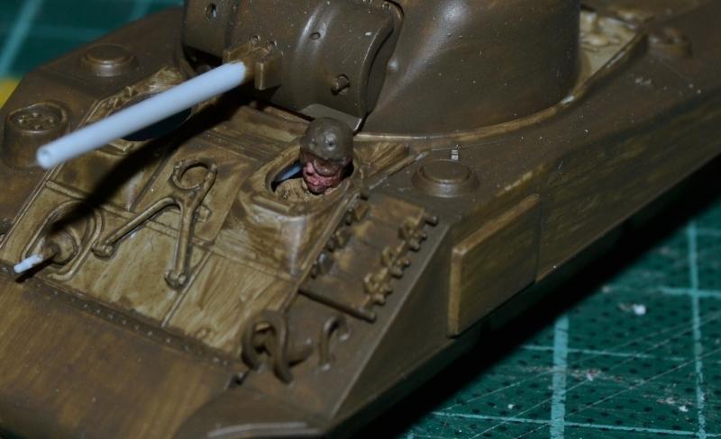 "La 2ème DB ""Jeep - GMC CCKW353 - Sherman M4a2""  [Heller 1/72] - Page 3 Dsc_0200"