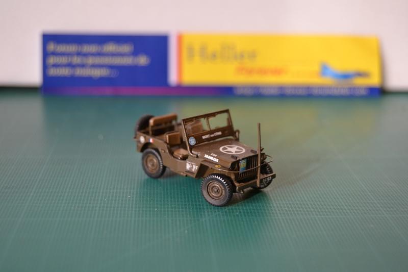"La 2ème DB ""Jeep - GMC CCKW353 - Sherman M4a2""  [Heller 1/72] - Page 3 Dsc_0202"