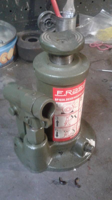 Joint - Cric RASSANT 1500 kg - joint de pompe Rassan12