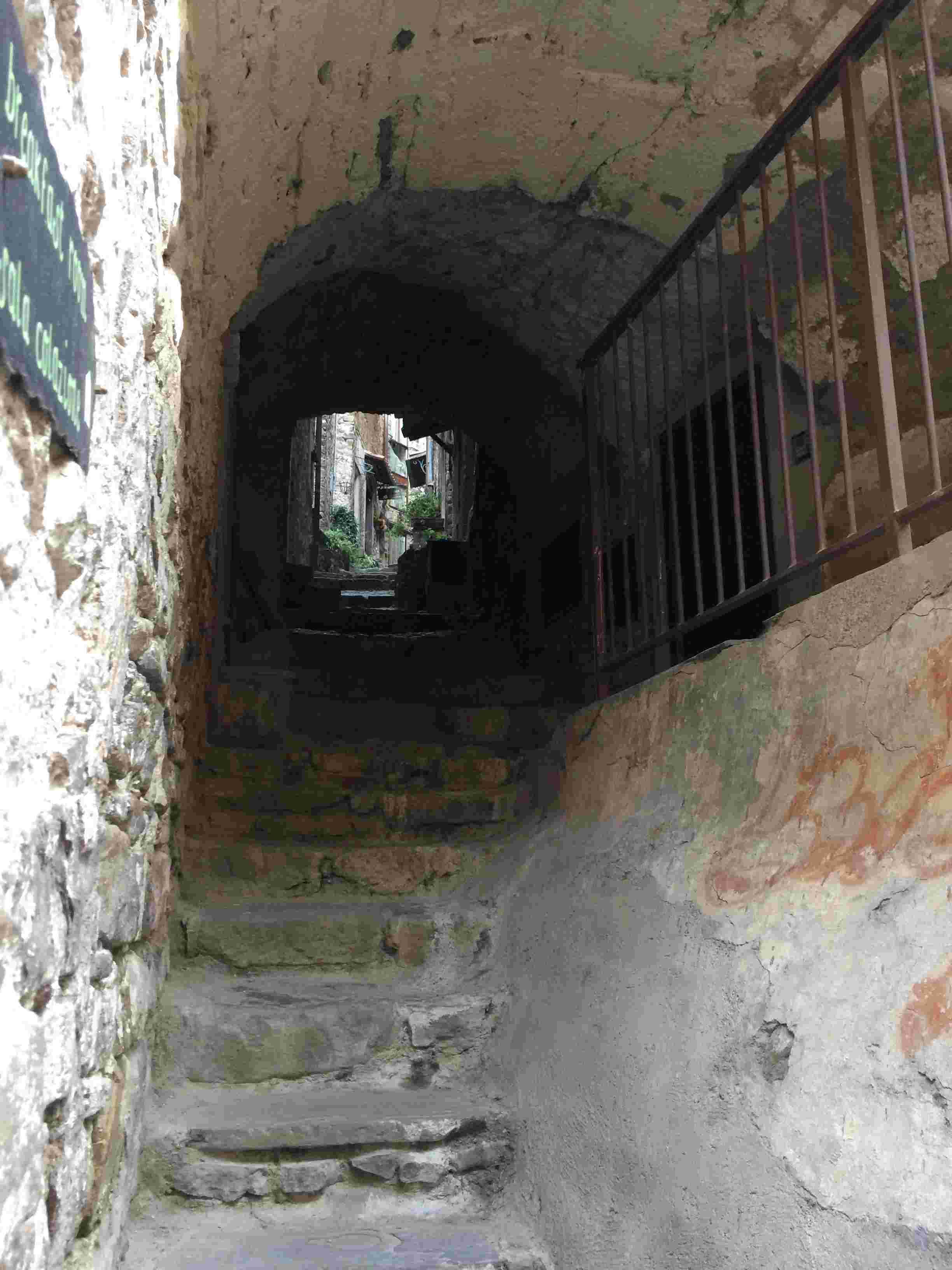 Apricale, le plus beau village d'Italie Aprica18