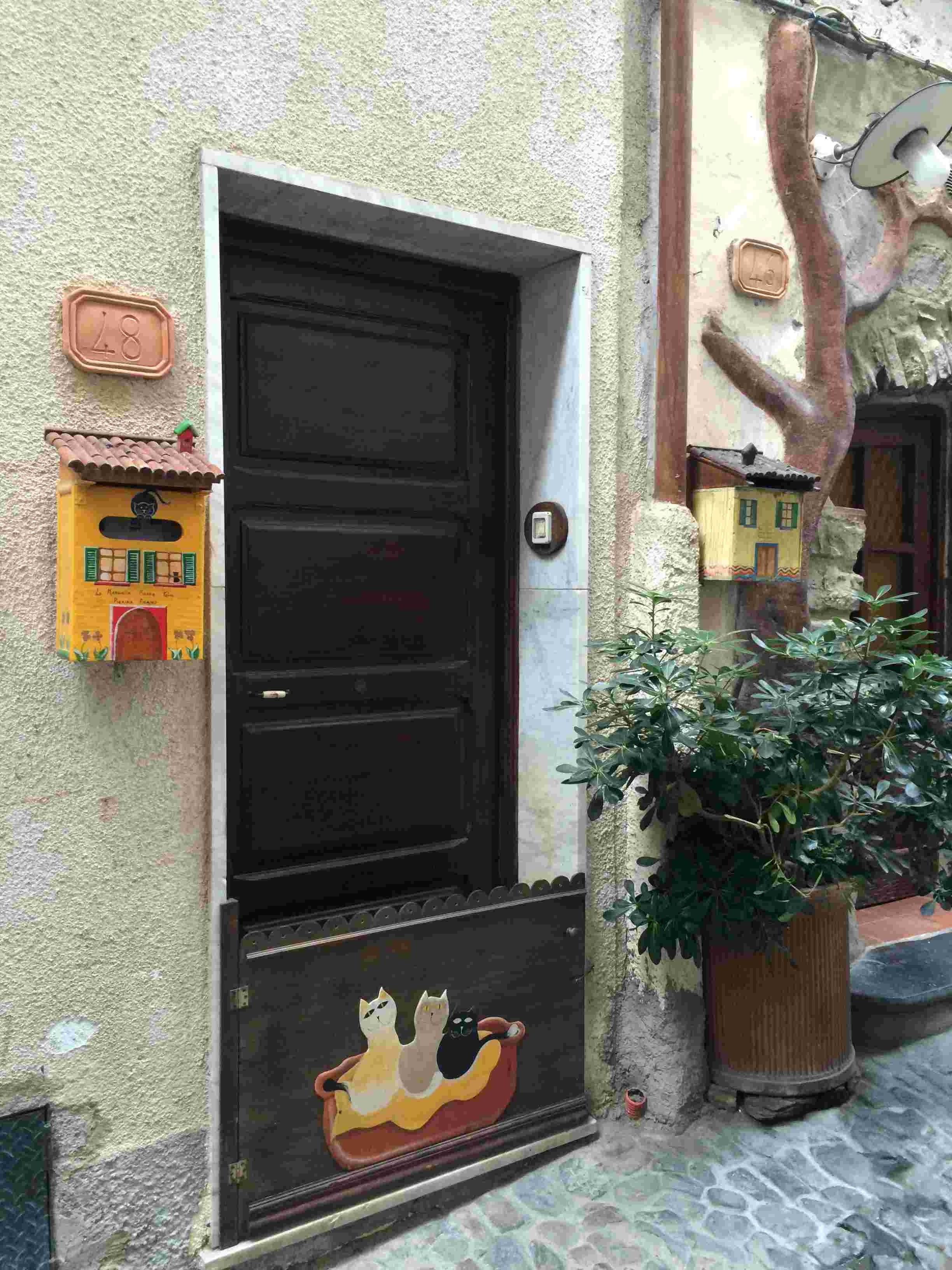 Apricale, le plus beau village d'Italie Aprica20
