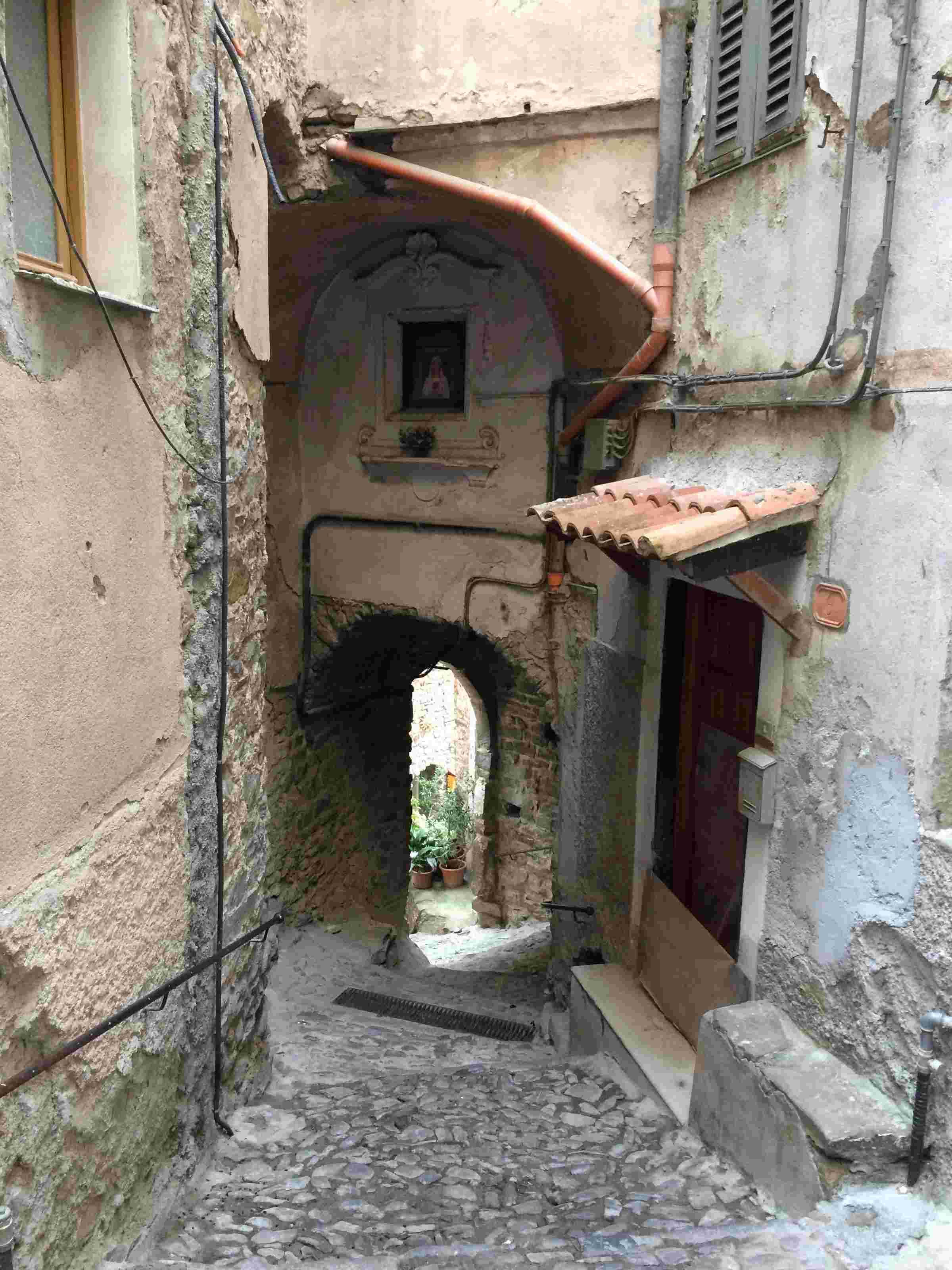 Apricale, le plus beau village d'Italie Aprica30
