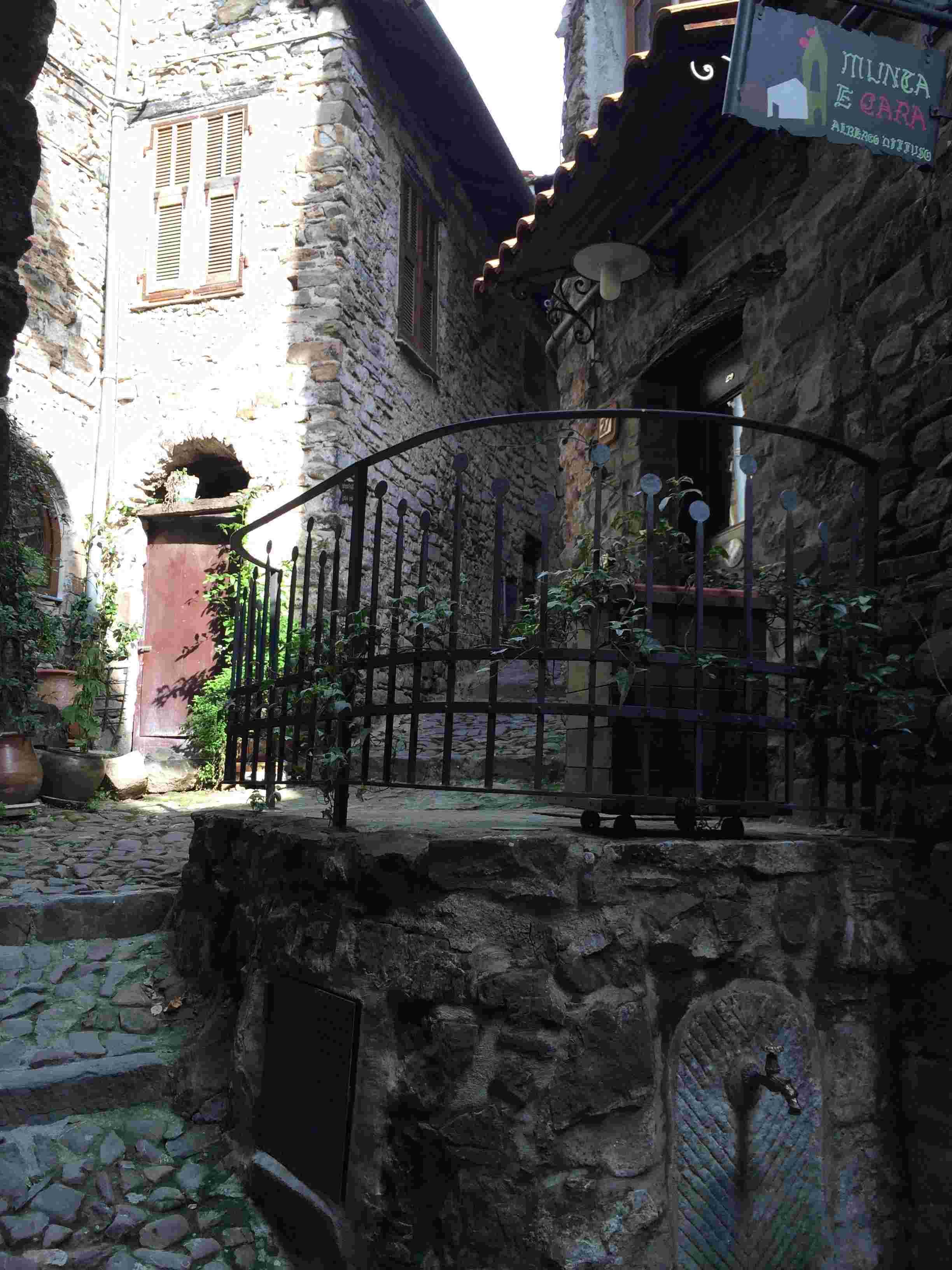 Apricale, le plus beau village d'Italie Aprica35