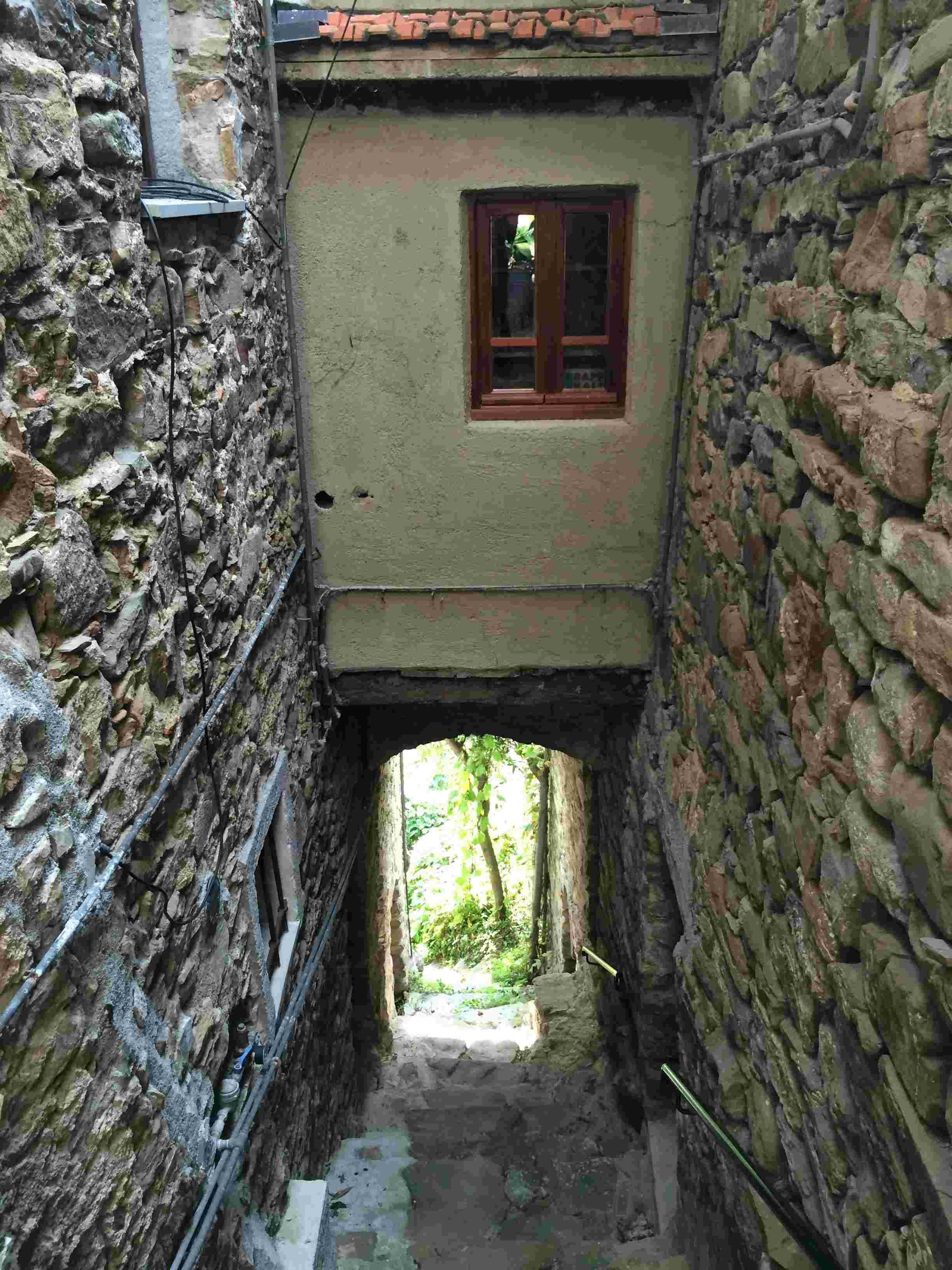 Apricale, le plus beau village d'Italie Aprica37
