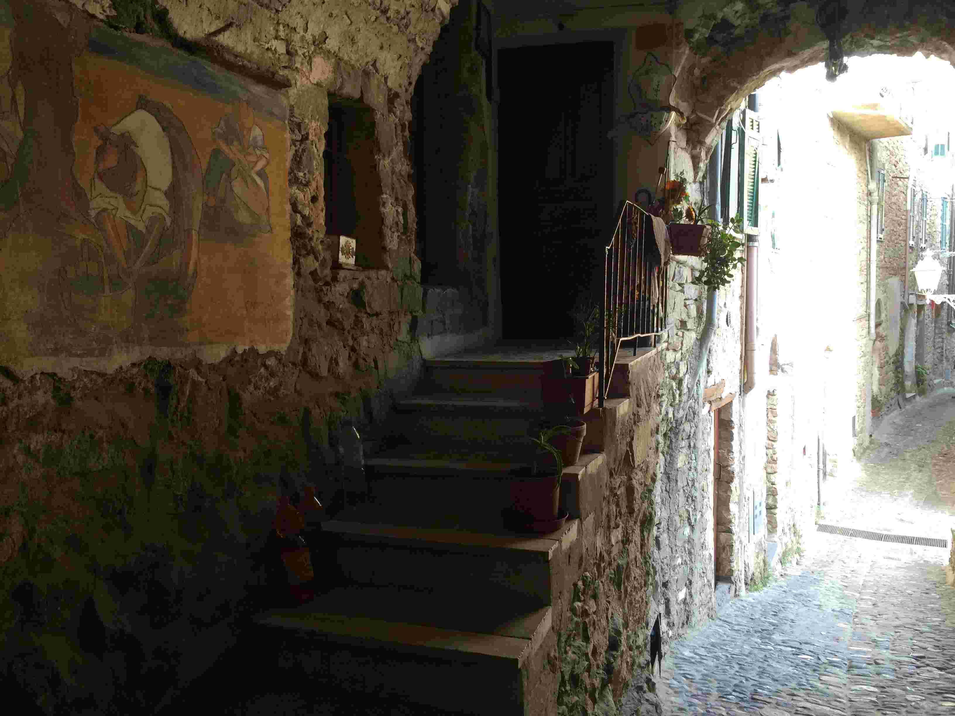 Apricale, le plus beau village d'Italie Aprica45