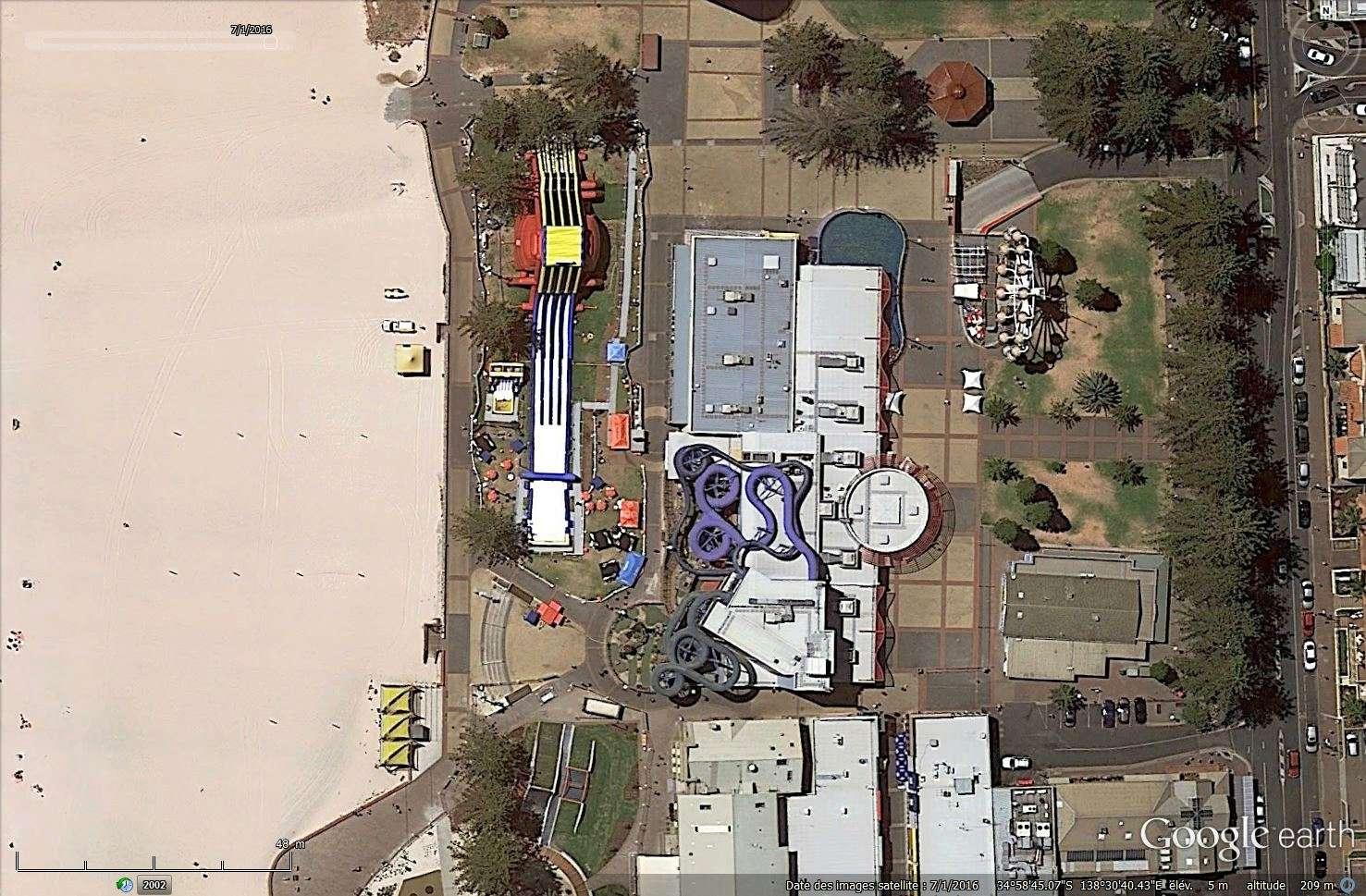 Bâtiments et constructions détruits repérés sur Google Earth Tsge_213