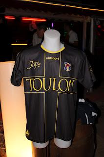 Le maillot du Sporting Toulon bientôt dévoilé  Img_9910