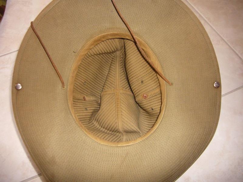 chapeau de brousse de confection civile? P1050433