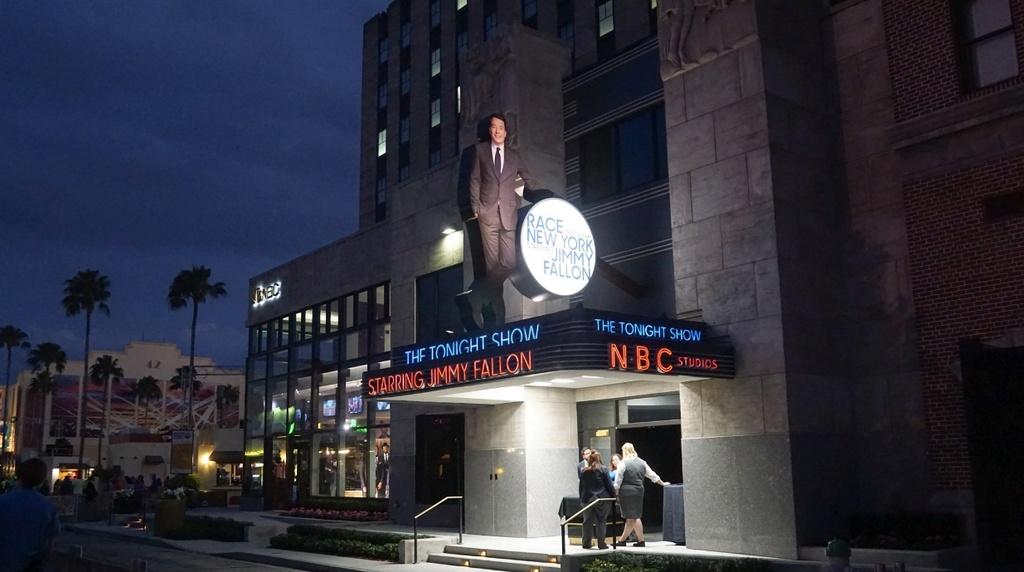 [Universal Studios Florida] Race through New York starring Jimmy Fallon (2017) - Page 2 Fallon10