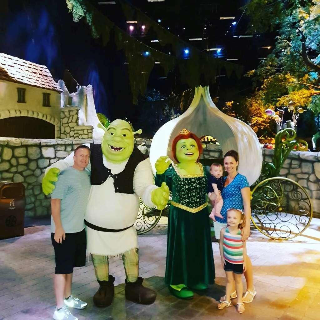 [ÉAU] Dubai Parks & Resorts : motiongate, Bollywood Parks, Legoland (2016) et Six Flags (2019) - Page 6 Shrek10