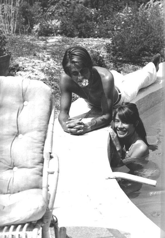 1970 - Françoise Hardy et Jacques Dutronc à Port Grimaud 07fc7c10