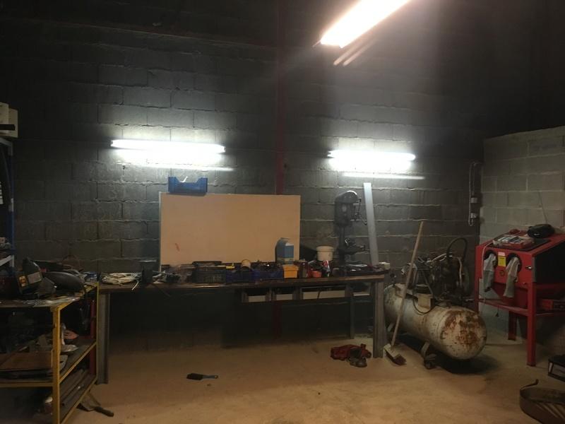 [Garage] Nop & Leriols : Le Grand Garage dans la prairie. Img_2511