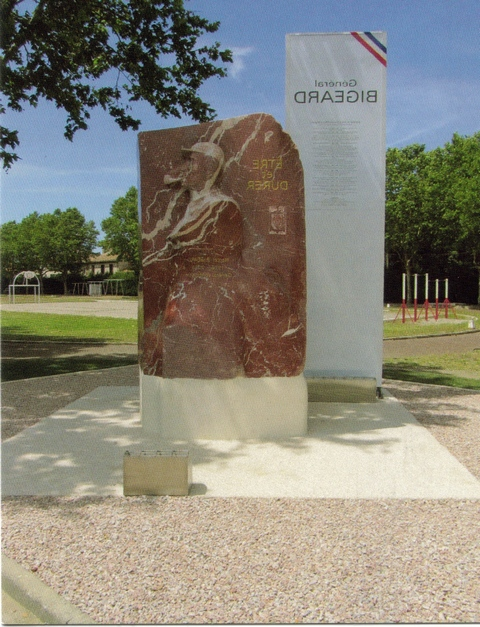 3eme RPIMa monument bigeard Monume10