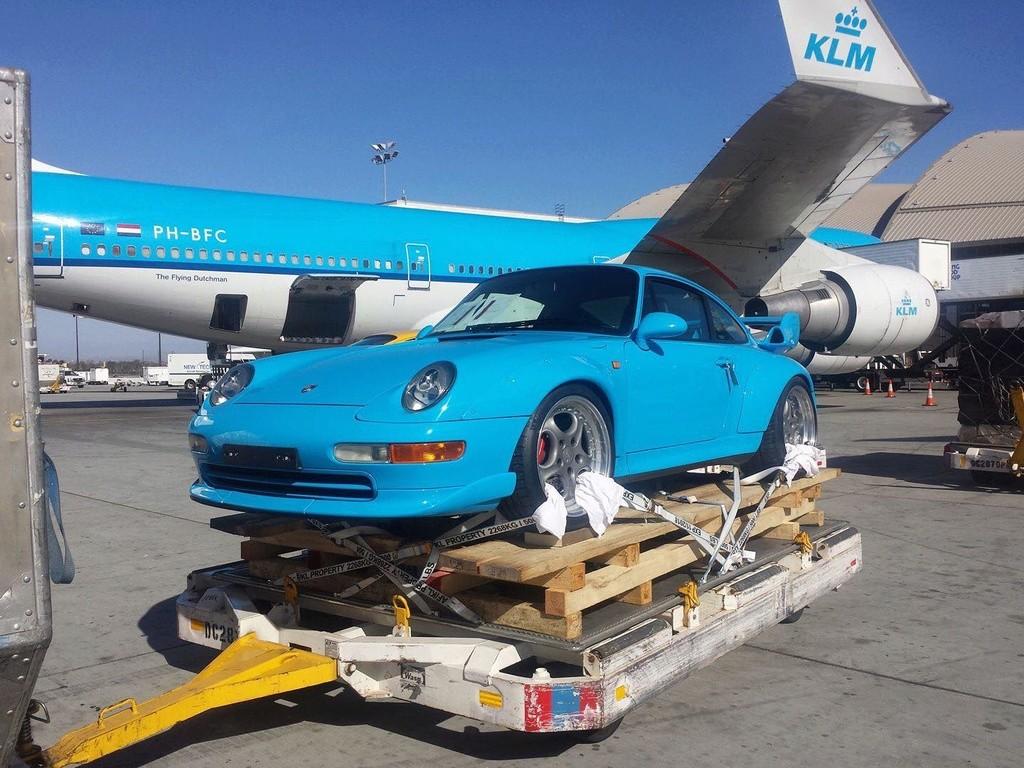 Porsche by plane 15391312
