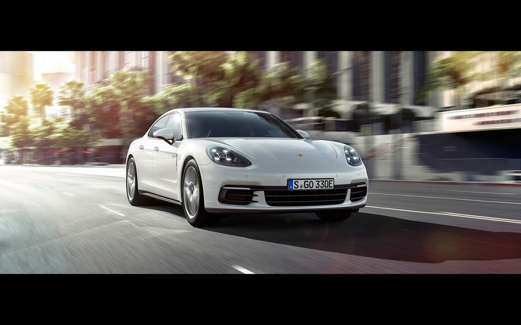 2017 Porsche Panamera 4 E-Hybrid 2017-p26