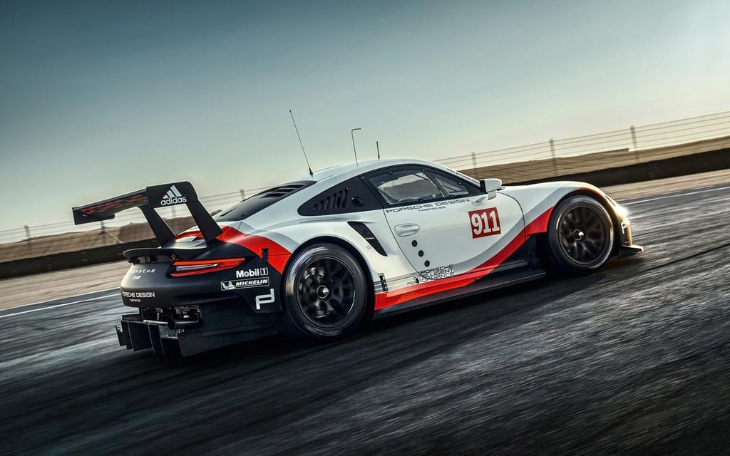 Porsche 911 RSR 2017 :une 911 à moteur central pour les 24h  2017-p38