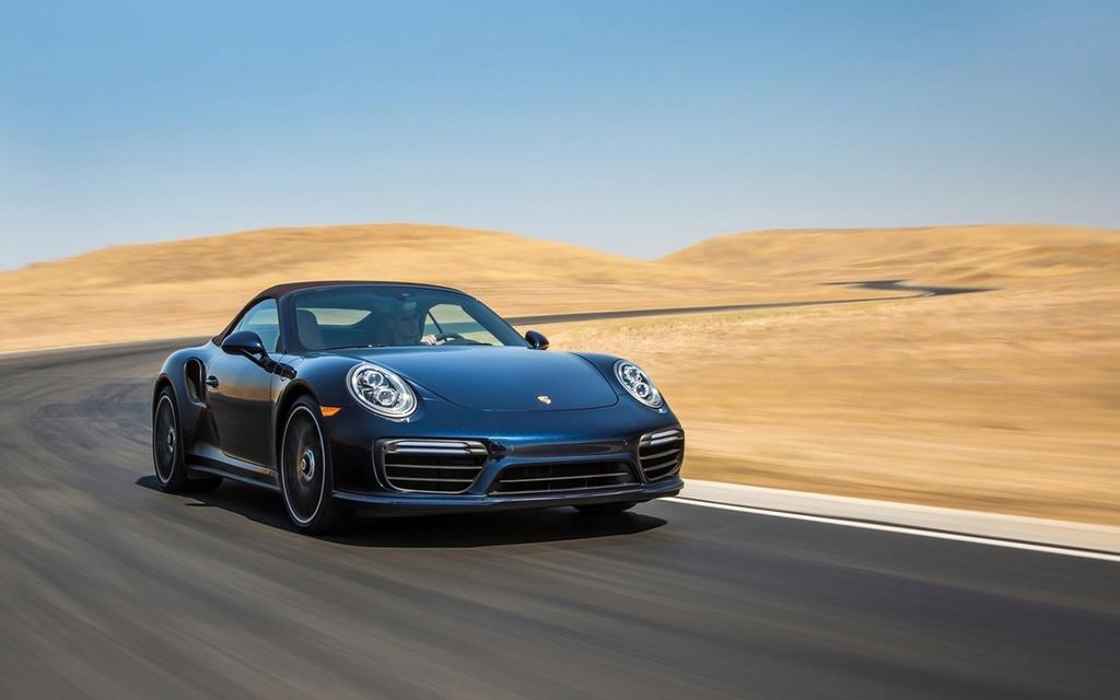 2017 Porsche 911 Turbo and 911 Turbo S 2017-p48