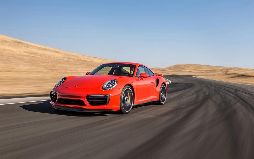 2017 Porsche 911 Turbo and 911 Turbo S 2017-p58