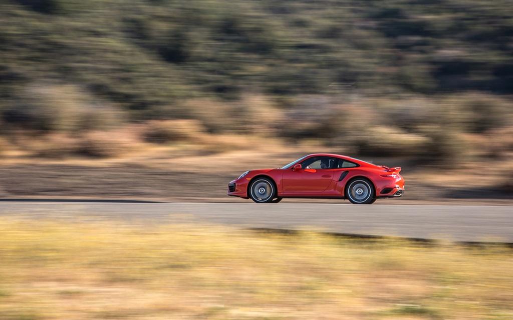 2017 Porsche 911 Turbo and 911 Turbo S 2017-p64