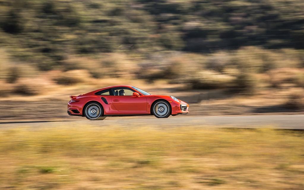 2017 Porsche 911 Turbo and 911 Turbo S 2017-p65