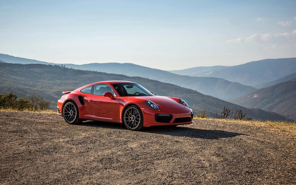 2017 Porsche 911 Turbo and 911 Turbo S 2017-p66