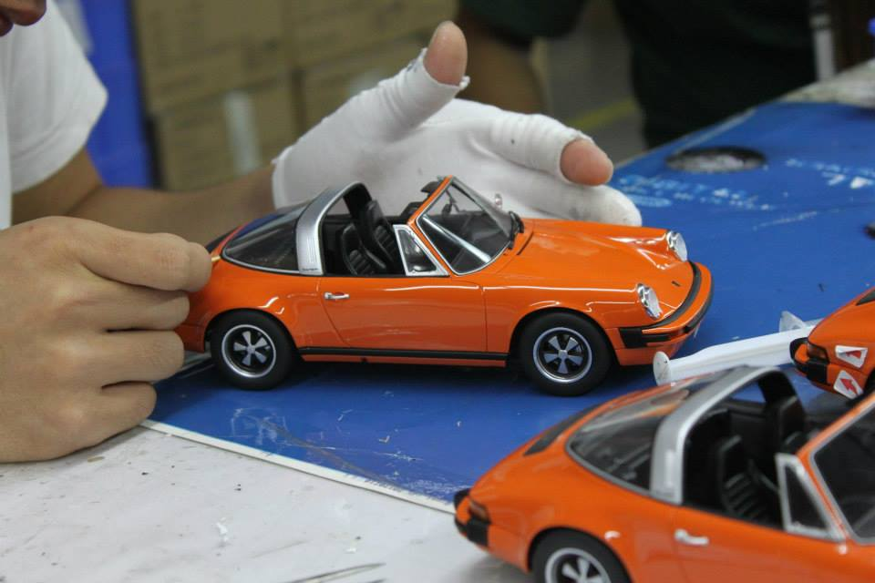Collectionneurs de miniatures - Page 10 Gtspri11