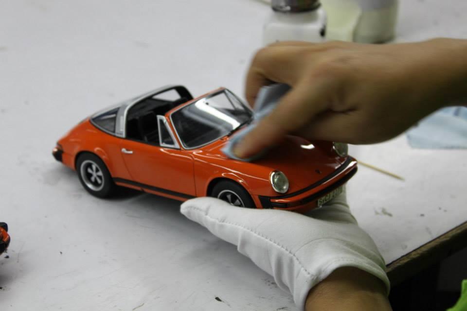 Collectionneurs de miniatures - Page 10 Gtspri18
