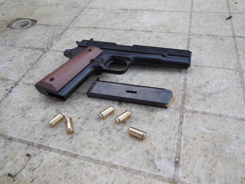 pistolet kimar 911 / 1911 co2 177 4.5 Dscn0710