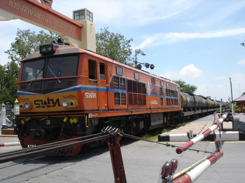 Le train en Thaïlande  Dsc05410