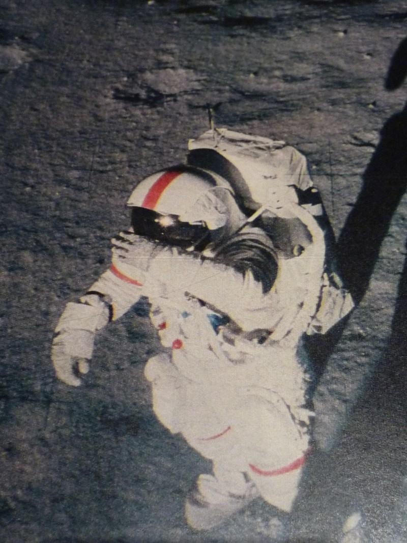 La conquête de l'espace et de la Lune... 212