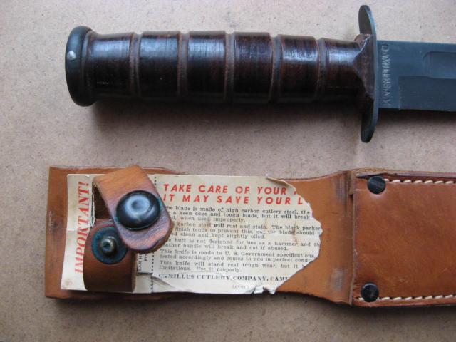 Poignards et couteaux US WWII - Page 16 Usmc_014