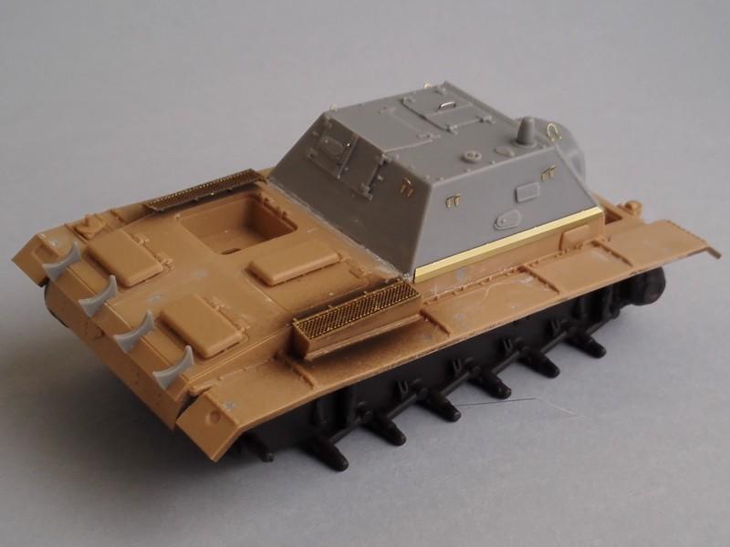 Su76I (Tamiya 1/48 et conversion Hauler) Mon0310