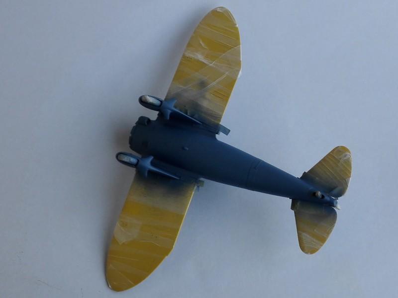 P-26 Peashooter Academy (et Starfighter decals) Mon1510