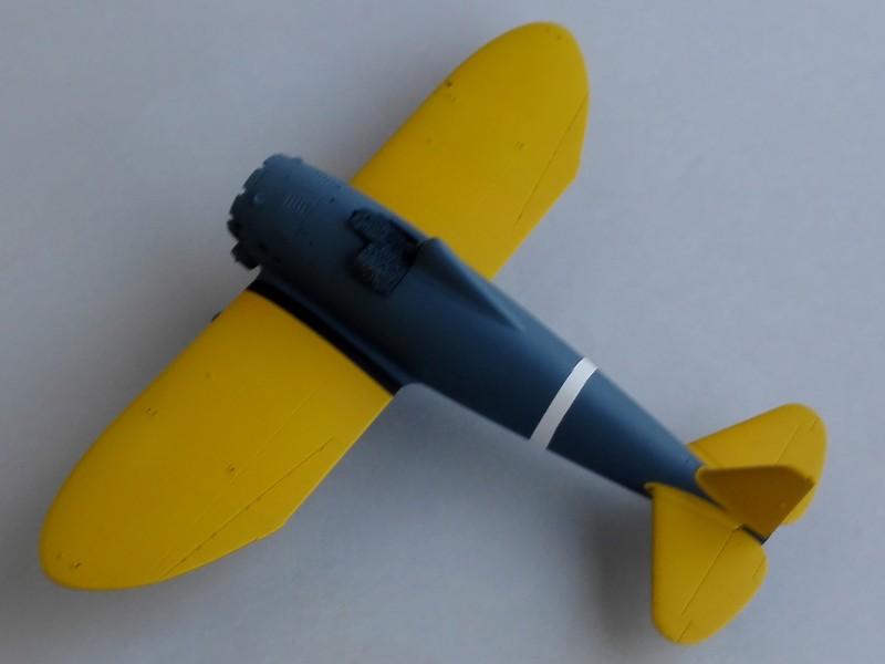 P-26 Peashooter Academy (et Starfighter decals) Mon1610