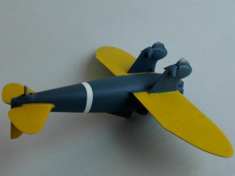 P-26 Peashooter Academy (et Starfighter decals) Mon1910