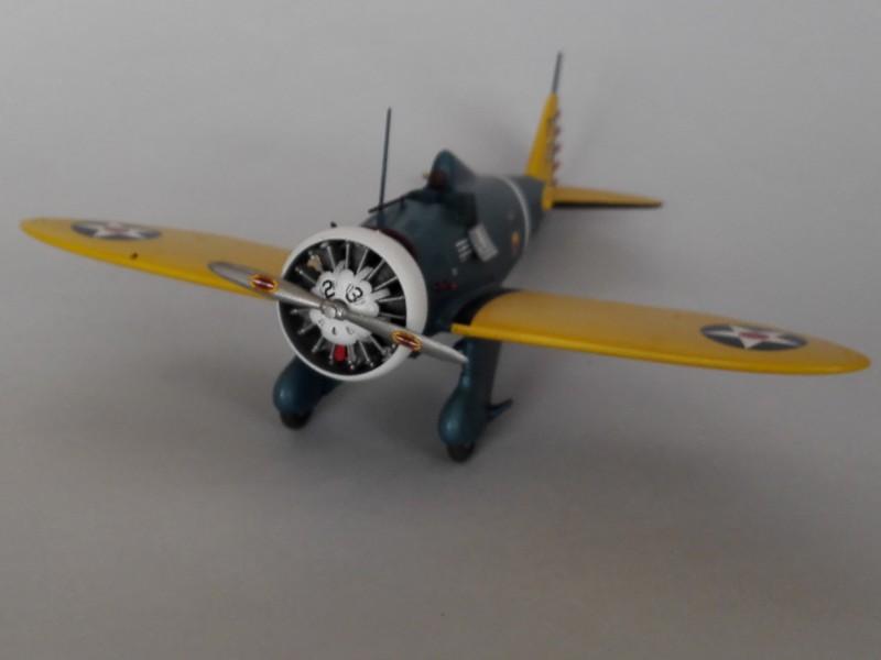 P-26 Peashooter Academy (et Starfighter decals) Mon2110