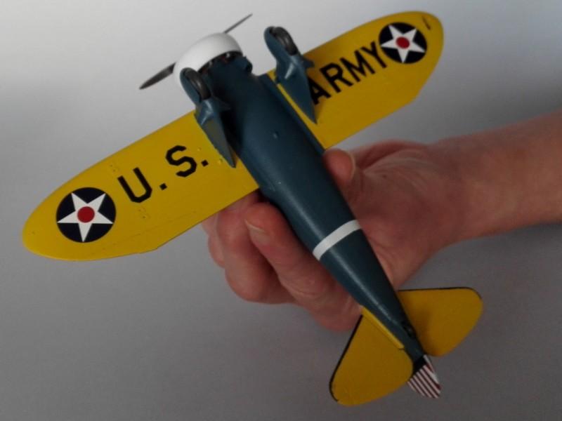 P-26 Peashooter Academy (et Starfighter decals) Mon2310