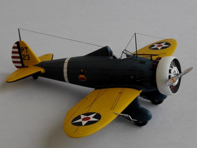 P-26 Peashooter Academy (et Starfighter decals) - Page 2 Mon3010