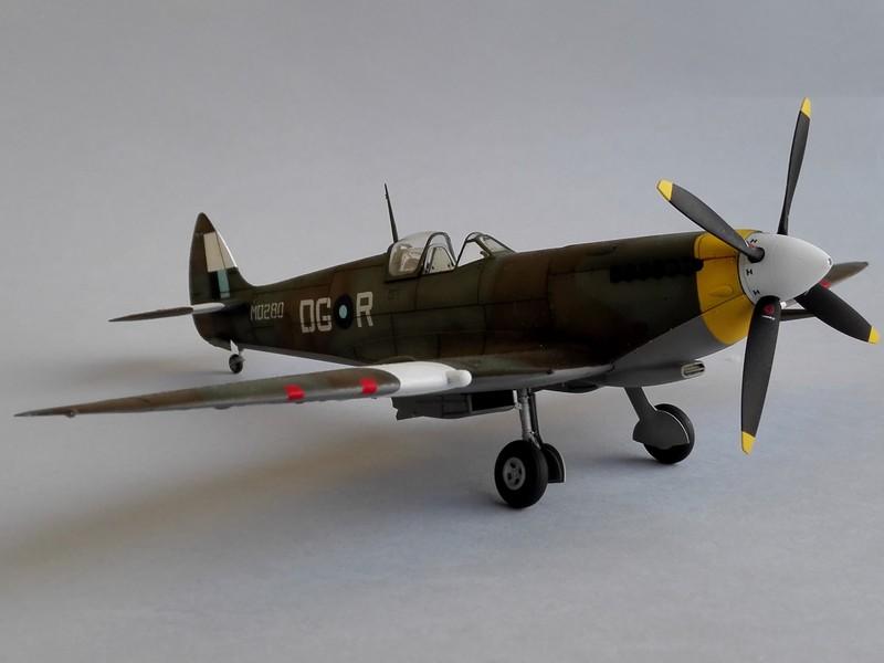 Spitfire Mk VIII Eduard au 1/48 - Page 2 Mon5110