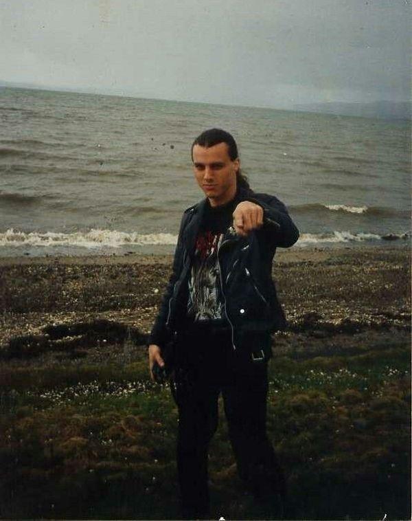 Il y a 15 ans Chuck Schuldiner partait ailleurs ... (Chronique d'un destin trop court) Chuck-11