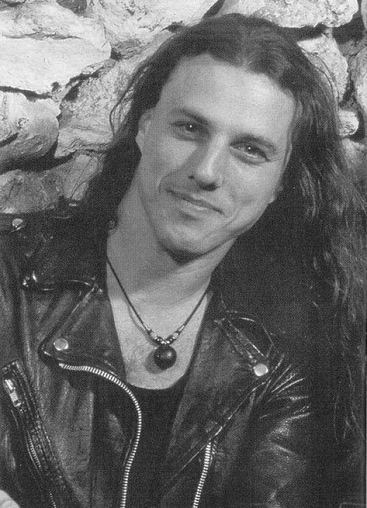 Il y a 15 ans Chuck Schuldiner partait ailleurs ... (Chronique d'un destin trop court) Chuck-13