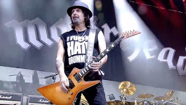 PHIL CAMPBELL a dit ... à propos de Lemmy. Philca12