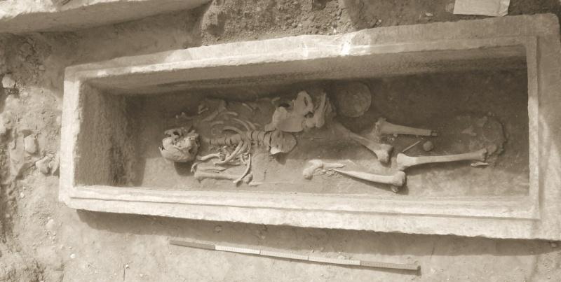 Τάφος του 4ου πΧ αιώνα στη Νέα Σμύρνη! - Σελίδα 2 49445110